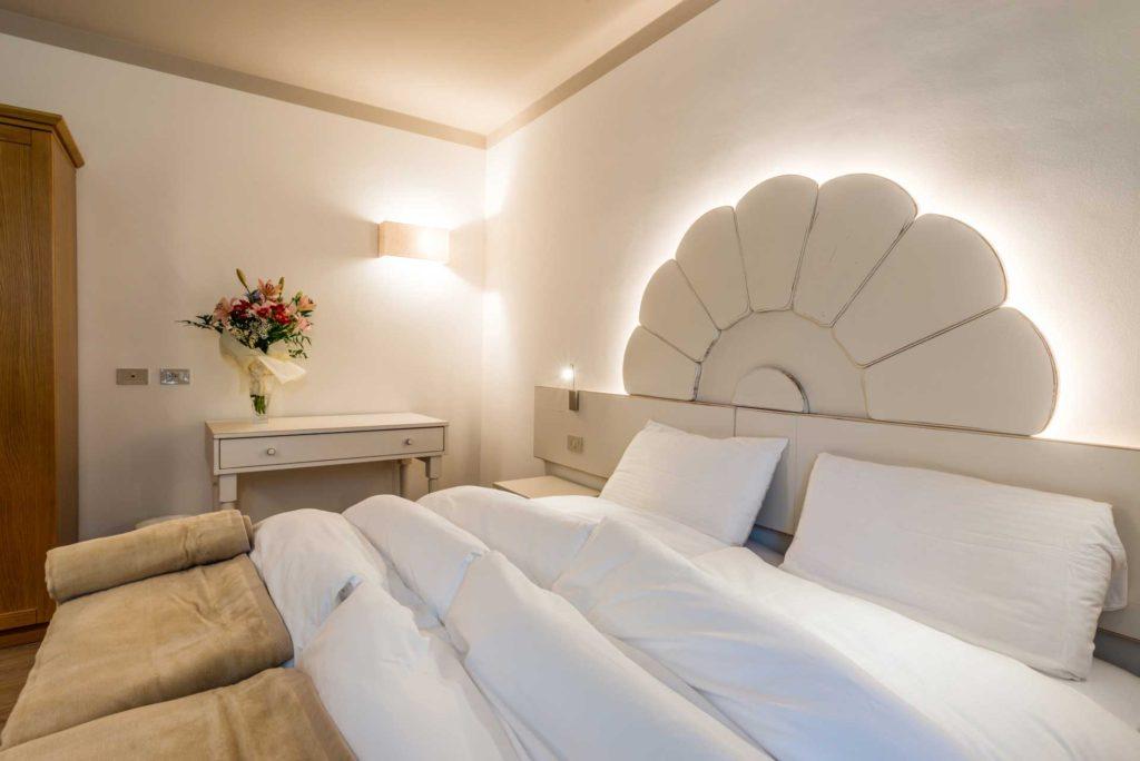 Famiglia numerosa? La camera neve comunica con la camera sole, spazio e comfort