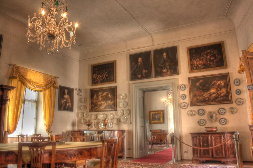 castel-thun-interior